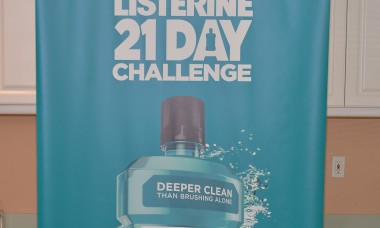 Elizabeth Banks Launches The 2nd Annual Listerine 21-Day Challenge