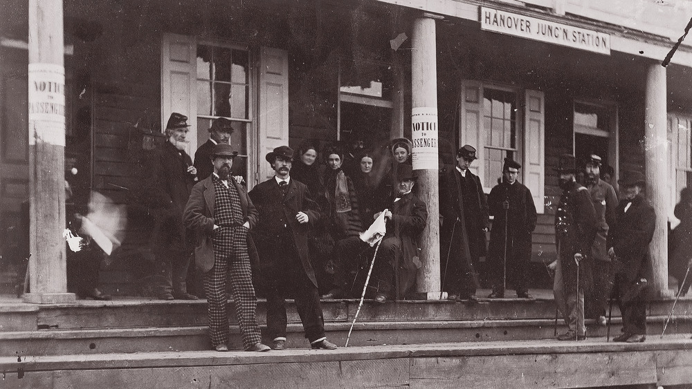 Railroad passengers in 1865