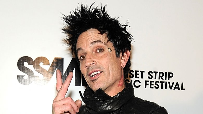 Questionable details about Tommy Lee - Grunge