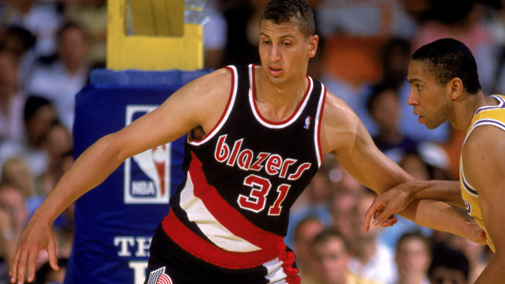Sam Bowie playing defense