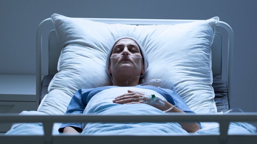 What happens to your body when youre in a coma