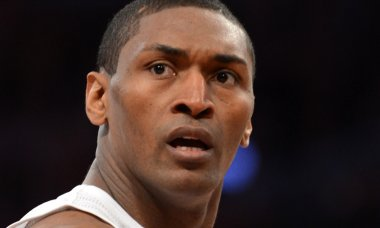 craziest-moments-sports-tv-history-metta-world-peace